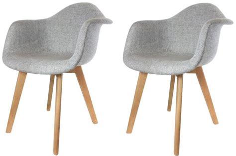 chaise avec accoudoir pas cher lot de 2 chaises scandinaves avec accoudoir tissu grises
