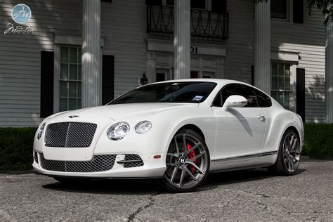 bentley custom rims bentley continental gt on 22 inch modulare wheels