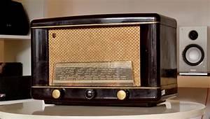 Poste Radio Vintage : poste radio vintage avec bluetooth chromecast et ampli moderne ~ Teatrodelosmanantiales.com Idées de Décoration
