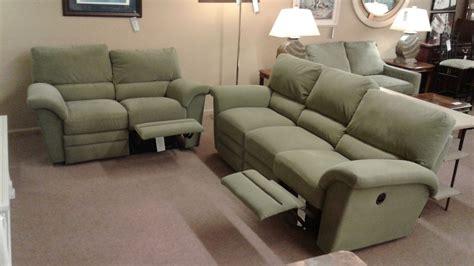 la z boy green sofa loveseat delmarva furniture