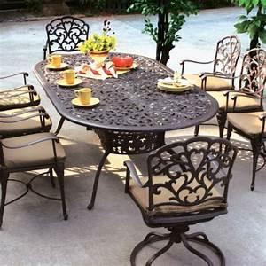 Table De Jardin En Aluminium : le salon de jardin en aluminium est une solution magnifique pour l 39 ext rieur ~ Teatrodelosmanantiales.com Idées de Décoration