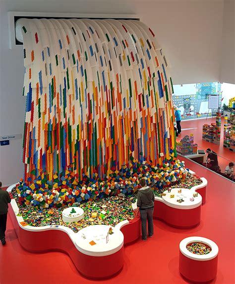 Lego House -
