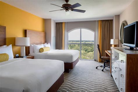 hotel rooms  suites  kissimmee gaylord palms resort