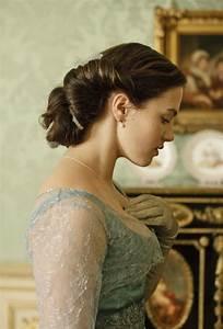 Jessica Brown Findlay as Lady Sybil Crawley - Downton ...