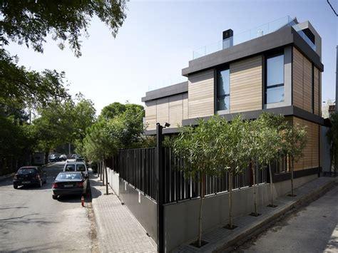 minimalist home fence paint color ideas  ideas