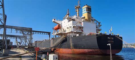 LATRAPS uzkrauj vienu no lielākajiem kuģiem, kāds ...