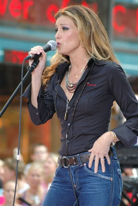 faith hill hairstyle  long rolling curls  fall