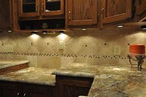 Granite countertops and tile backsplash ideas eclectic for Kitchen granite countertop backsplash ideas