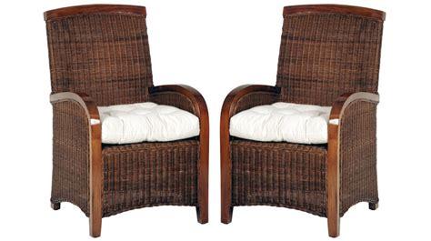 canape bois et chiffons fauteuil en rotin tressé teinté acajou fauteuil rotin