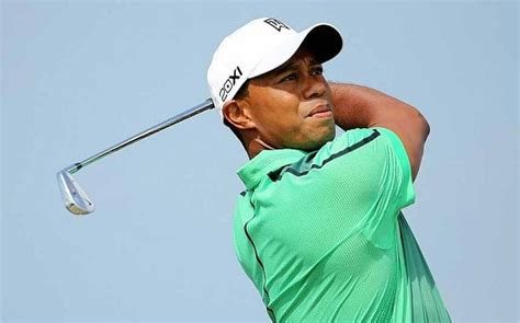 The Open 2013: Tiger Woods elbows aside any fitness ...