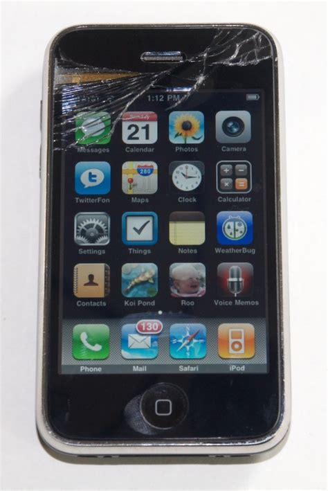 fix iphone screen how to repair a broken iphone screen information technology