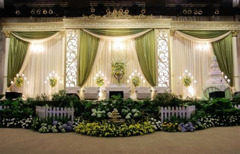 contoh dekorasi pernikahan muslimah terbaik