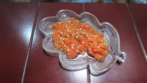 Cara membuat sambal bawang yang enak dan mudah. RESEP SAMBAL BAWANG SIMPLE DAN ENAK - YouTube