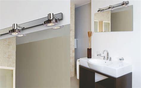 luminaire salle de bain avec prise de courant
