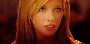 Katie Cassidy GIFs - Find & Share on GIPHY