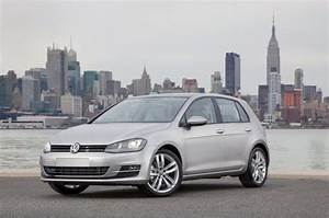 Volkswagen Canada Introduces New Golf At Toronto Autoshow