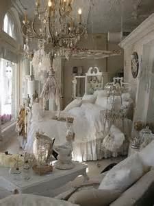 shabby chic schlafzimmer add shabby chic touches to your bedroom design for creative juice