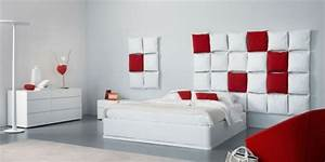 Kissen Rückenlehne Wand : minimalistische rote schlafzimmer vibrierende rote farbe ~ Eleganceandgraceweddings.com Haus und Dekorationen