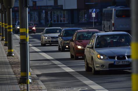 Atsakās no kritizētās idejas ieviest vieglo automobiļu reģistrācijas nodokli   liepajniekiem.lv