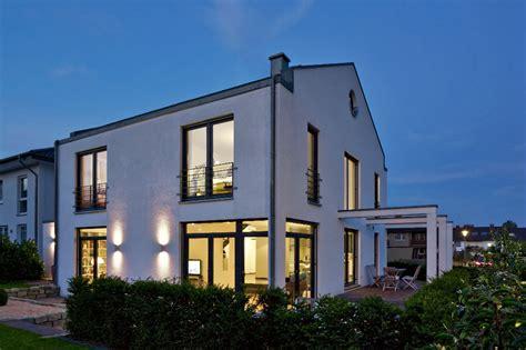 Moderne Puristische Häuser by Kundenhaus Familie Arndt Zaunm 252 Ller Massivhaus Gmbh