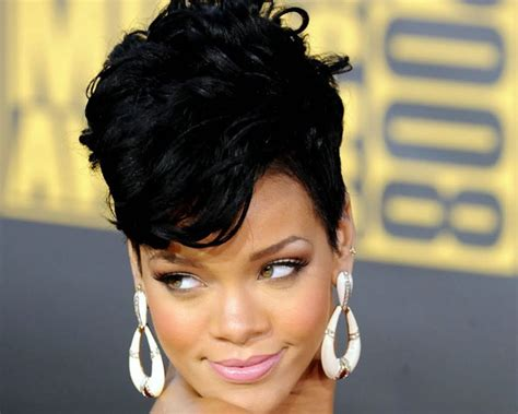 Mohawk Hairstyle For Ladies