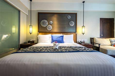 picture interior design lamps luxury mattress pillows room