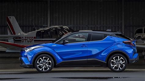 Review Toyota Chr Hybrid by Drive Co Uk On The Road In The Toyota C Hr Hybrid Suv