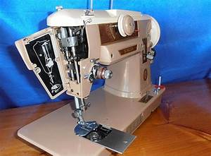 Vintage Singer 401a Sewing Machine With Accessories Very