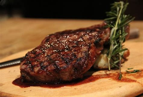 The 8 Best Steakhouses In Nyc, Ranked