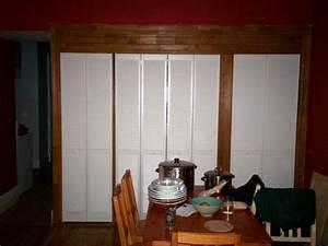 installer des portes de placards coulissantes maisonapart With installer des portes coulissantes