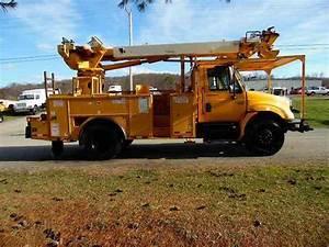 International 4300 Sba  2007    Utility    Service Trucks