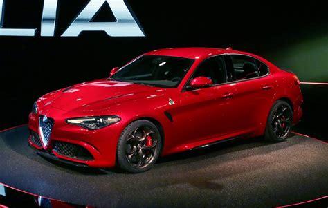 2018 Alfa Romeo Giulia Sports Sedan Goes After Bmw 3