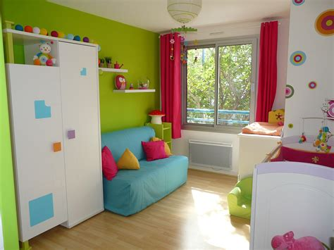 chambre d h e avec cuisine vert et bleu deco avec decoration cuisine bleu et jaune