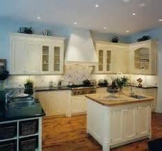 delft kitchen tiles 1000 images about delft tile kitchens on 3147
