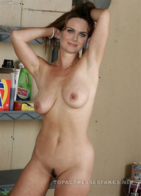 Showing Porn Images For Emily Deschanel Easy Porn