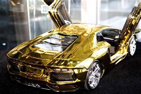 Gold Lamborghini Pictures by 46 Crore Rupees Gold Lamborghini Aventador Awaits New