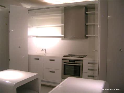 cuisine dans placard cuisine 233 quip 233 e am 233 nag 233 e ouverte ou ferm 233 e