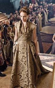 Game Of Thrones The Most Dramatically Beautiful Costumes
