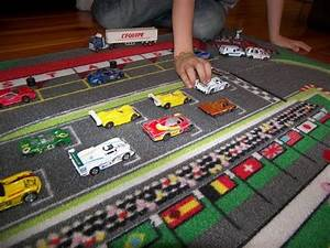 Jeu De Voiture : tapis circuit de voiture 130 x 200 cm tapitom tapis de jeu pour enfant tapis de jeu jeux ~ Medecine-chirurgie-esthetiques.com Avis de Voitures