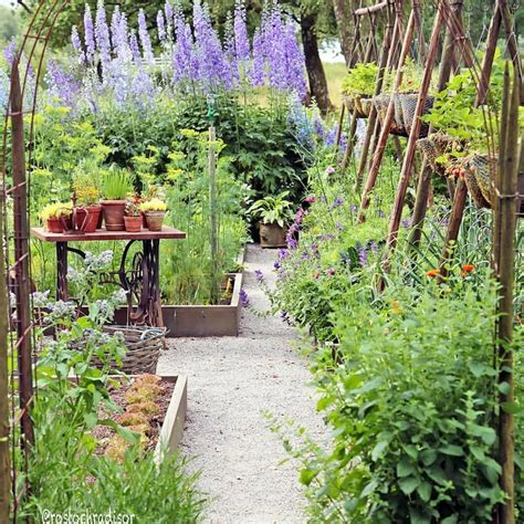 Best Primitive Garden Images Pinterest