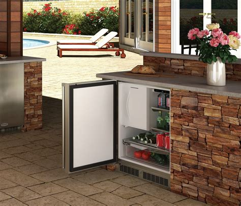 marvel  outdoor refrigerator freezer chadwick outdoor kitchens