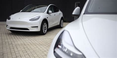 Tesla Stock Target Prices Approach $1,000. Why That's ...