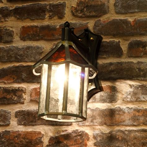 traditional glass outdoor wall lantern ip23