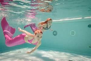 Meerjungfrauen Schwanzflossen Für Kinder : meerjungfrauen schwimmen f r kinder schwimmen wie eine nixe hello familiii ~ Watch28wear.com Haus und Dekorationen