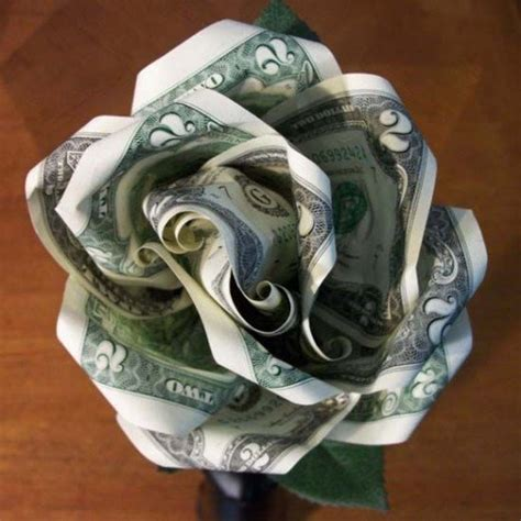 How to Make a Money Rose   FeltMagnet