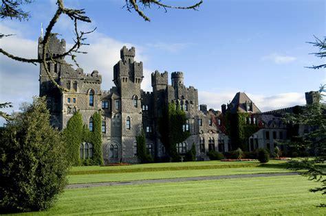 splendid irish castles  manors  lay  head