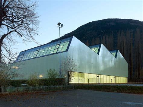 Threeinone Sports Center  Savioz Fabrizzi Architectes