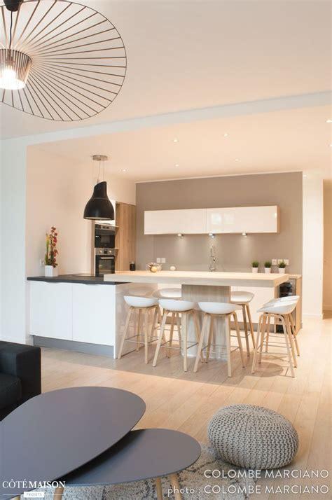 cuisine ouverte sur salon photos cuisine ouverte sur salon cuisine ouverte4 salon et