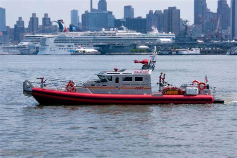Nyfd Fire Boat by New York Fdny Boats 1