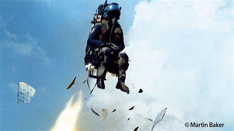siege ejectable vidéo aéronautique voici comment un siège éjectable